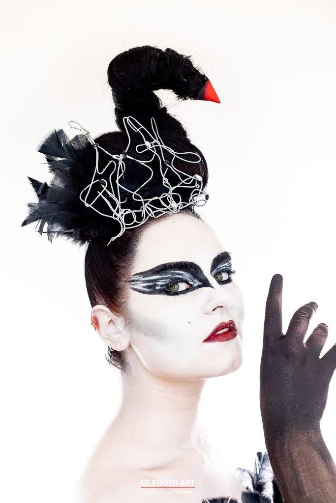 Deutsche POP Black Swan Shooting