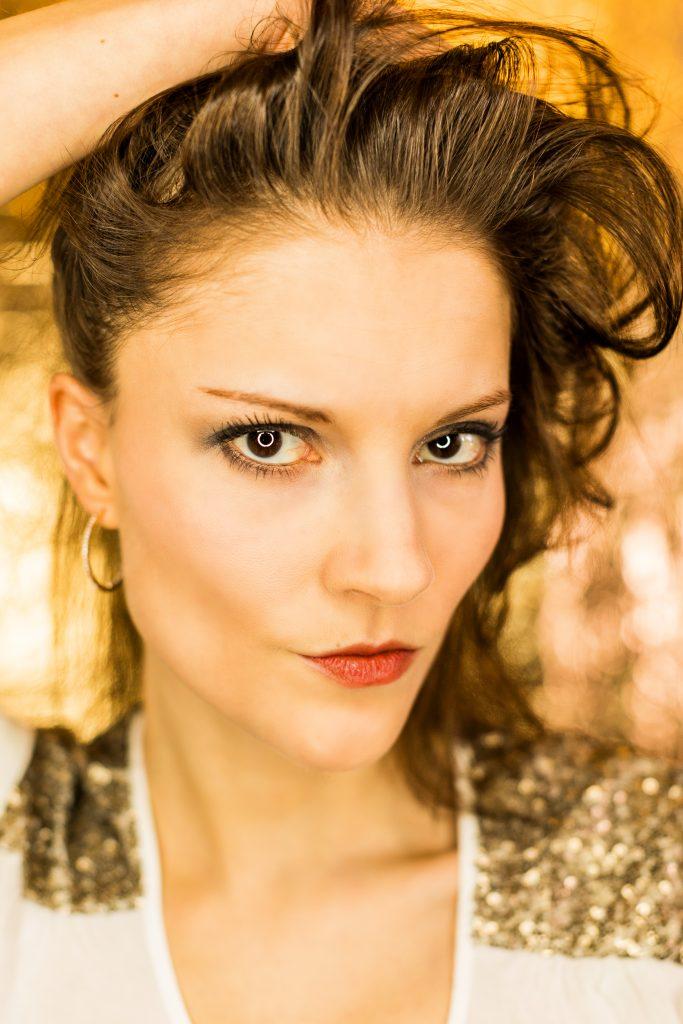Gold Beauty Portrait Shooting